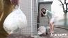 ゴミ捨て場ですれ違う近所のノーブラ奥さん